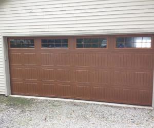8300 Golden Oak Sonoma Stockton III Windows resi Sectional